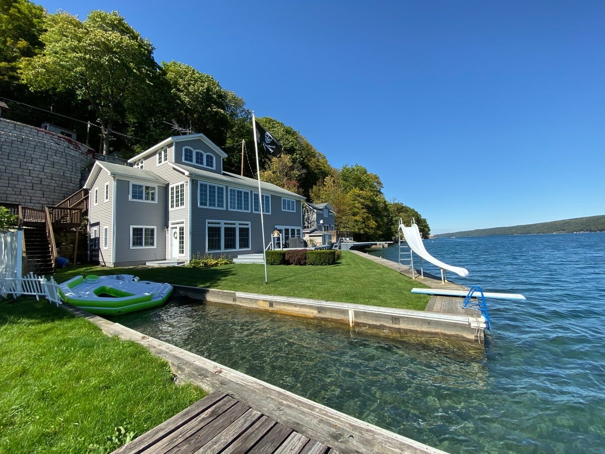 Skaneateles Lakefront Cottage