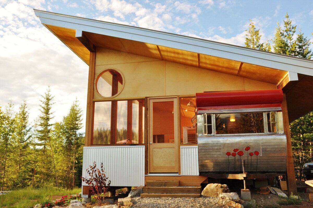 Tin Poppy Travel Trailer airbnb