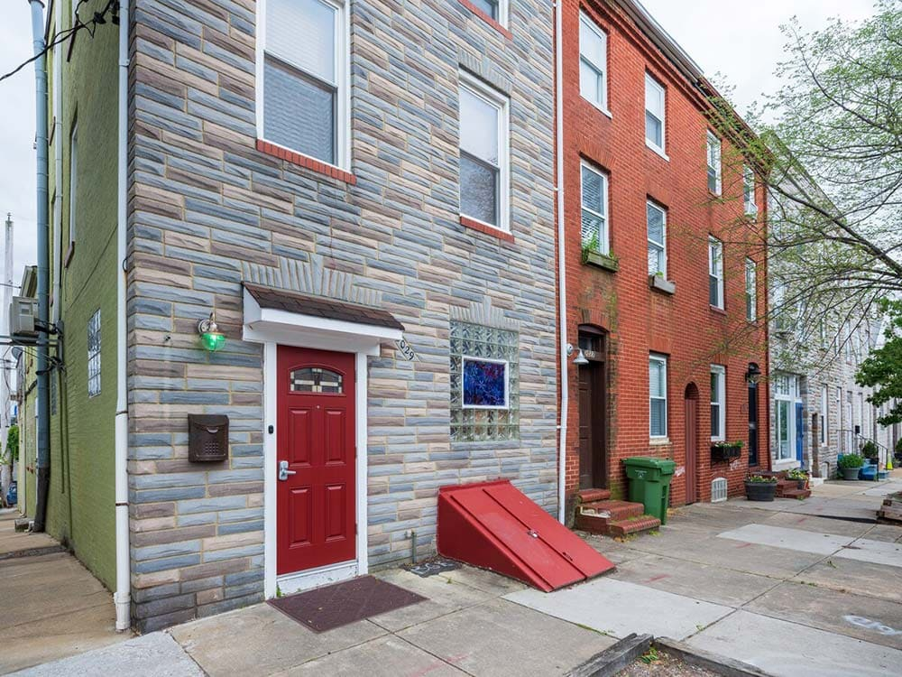 downtown baltimore airbnb maryland