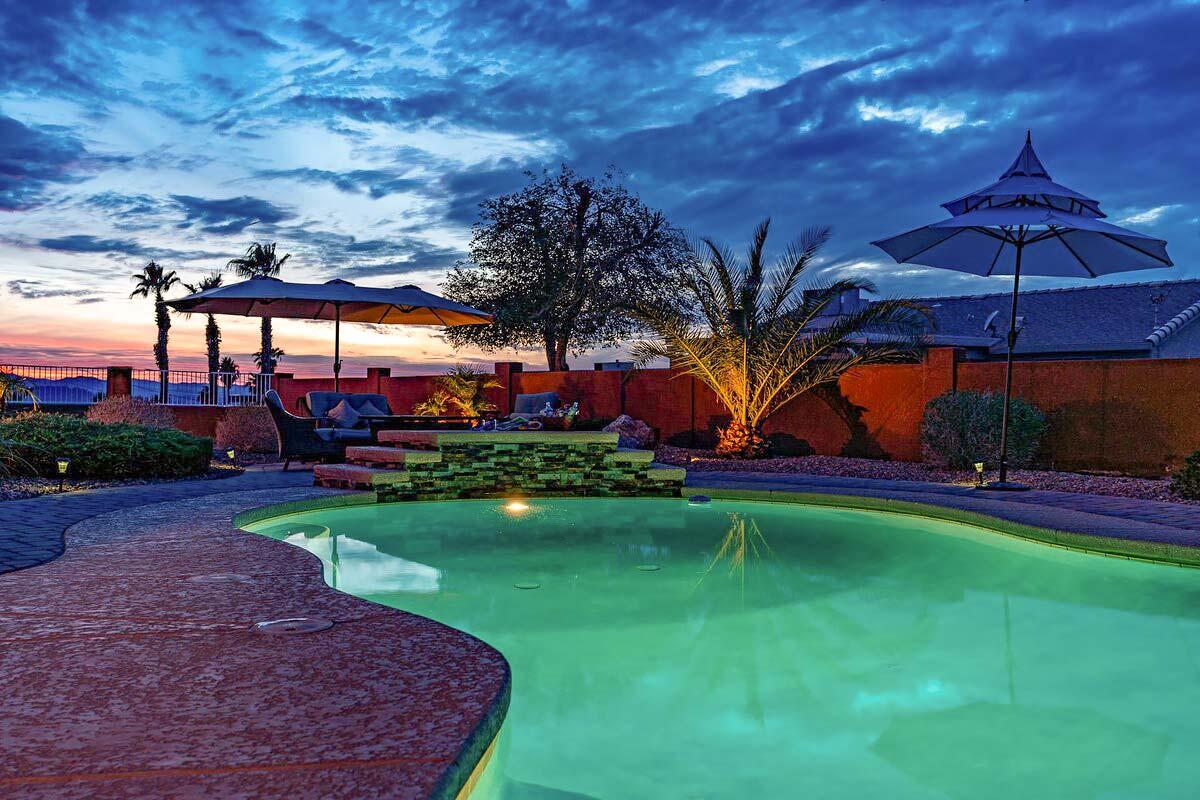 lake havasu airbnb for big groups