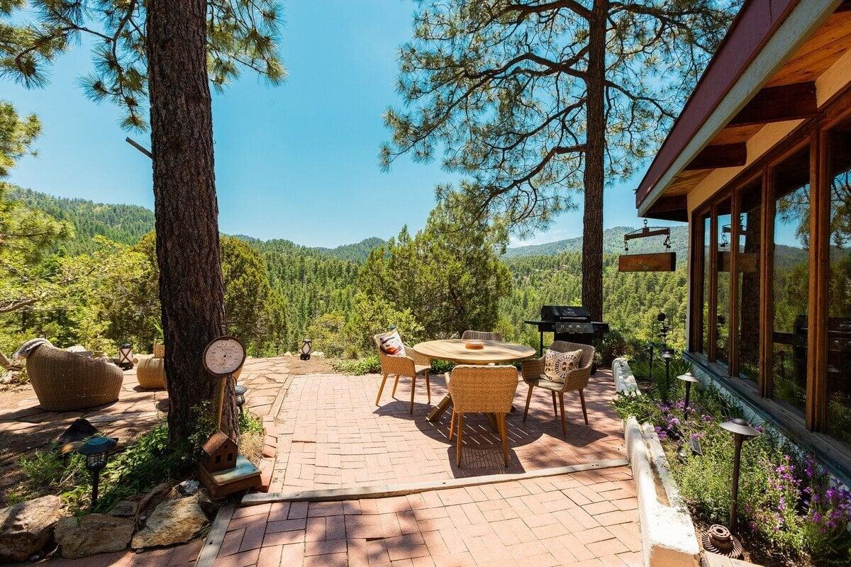 majestic mountain retreat airbnb prescott