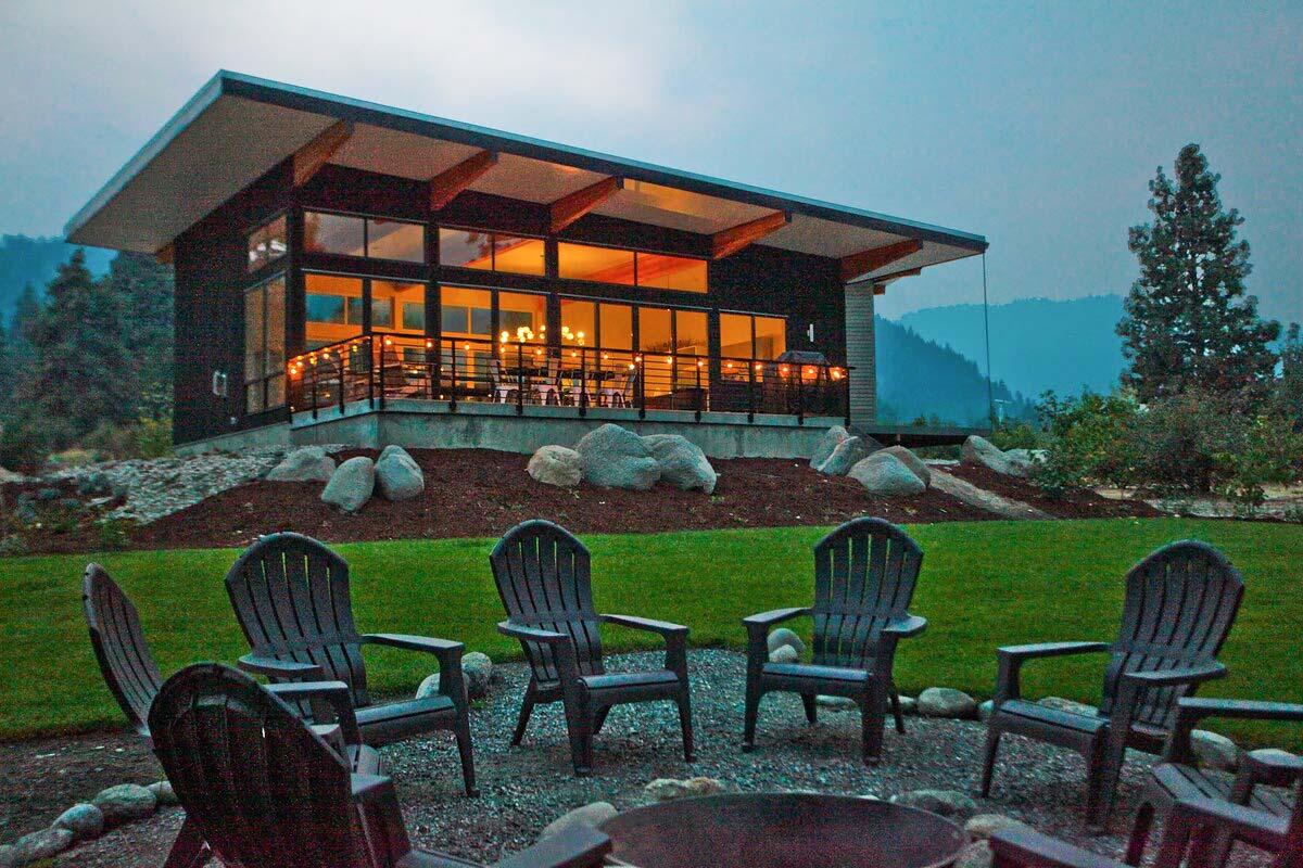 modern airbnb leavenworth wa