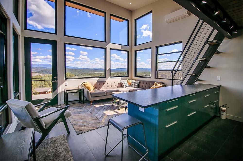 mountaintop airbnb colorado
