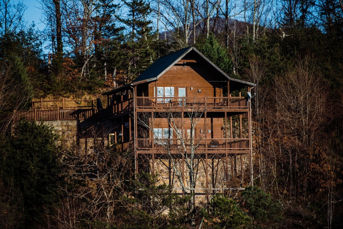 Flying Horse View Cabin