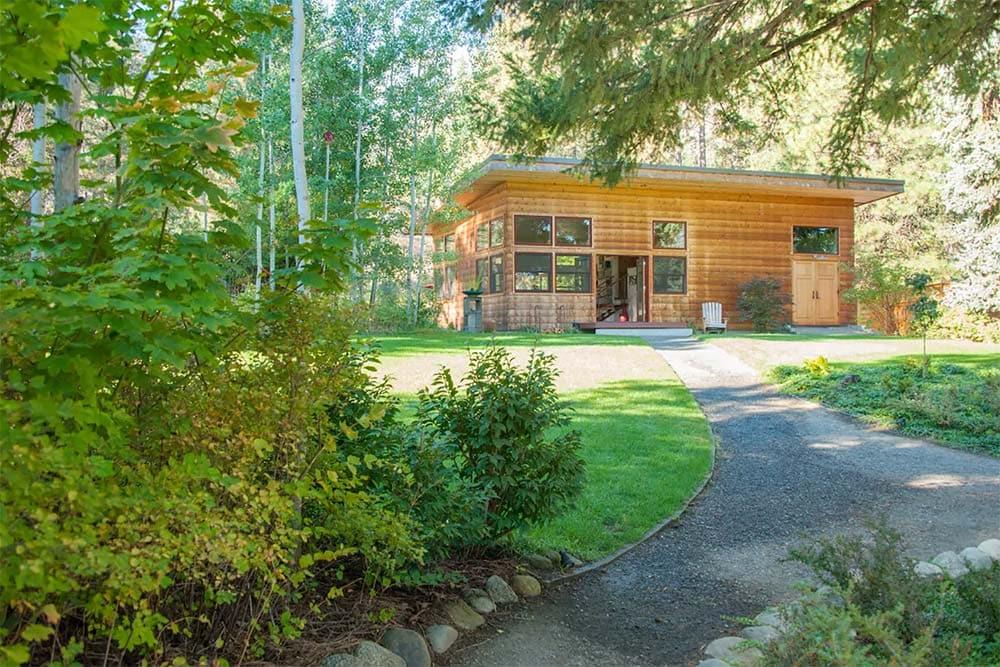 the shedd airbnb leavenworth
