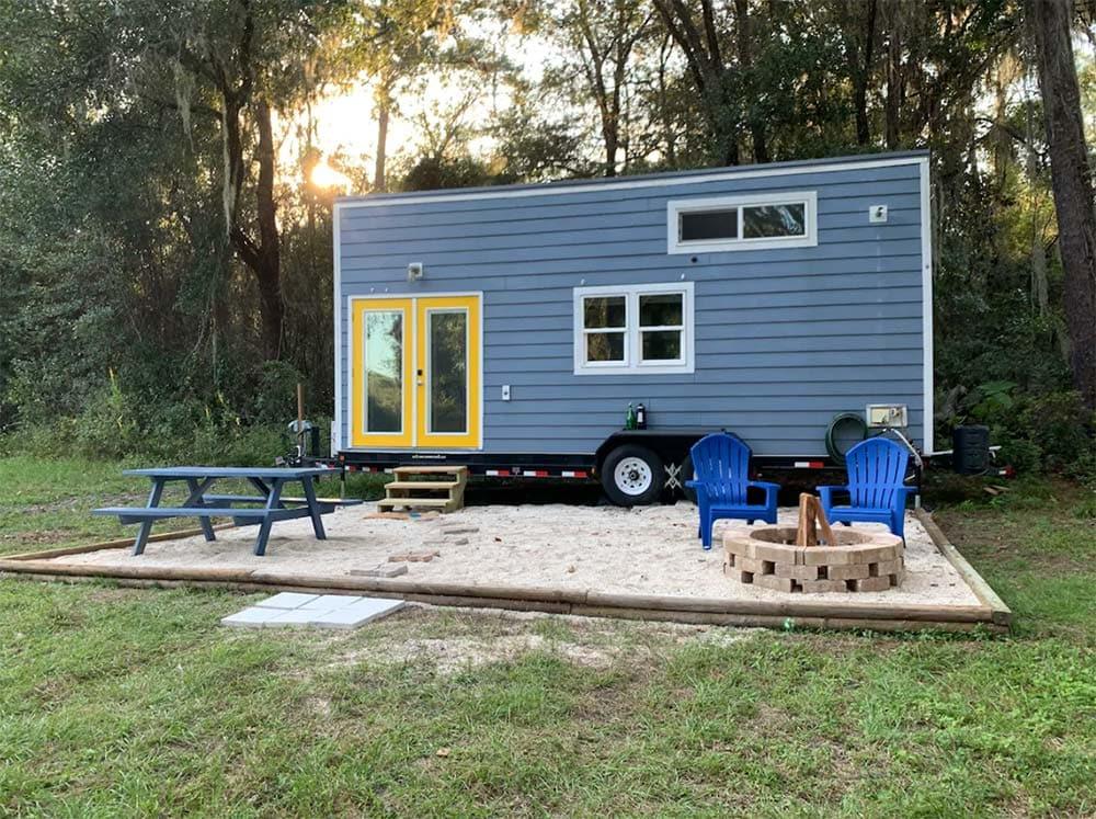 tiny house glamping florida