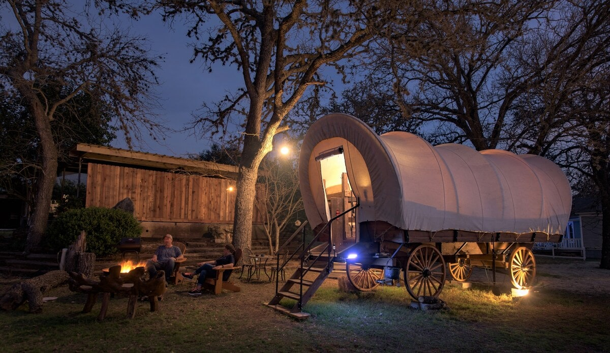wagon glamping texas