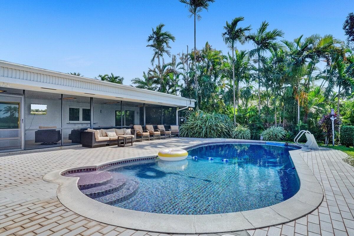 Large Hollywood Beach Villa