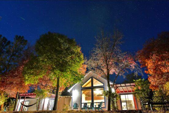 best yosemite cabin rentals airbnbs