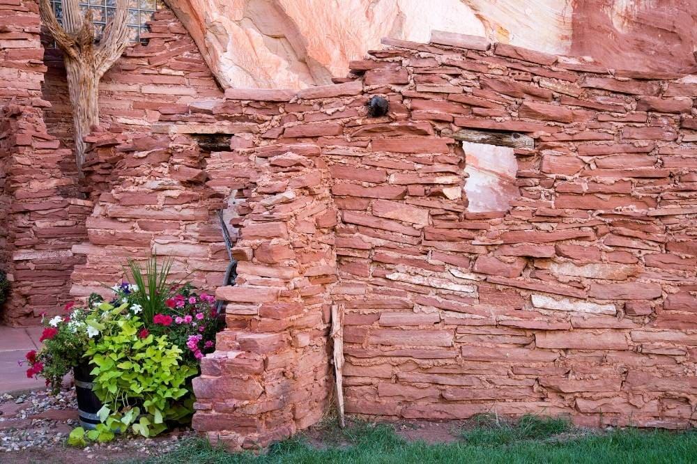 kanab utah sandstone wall