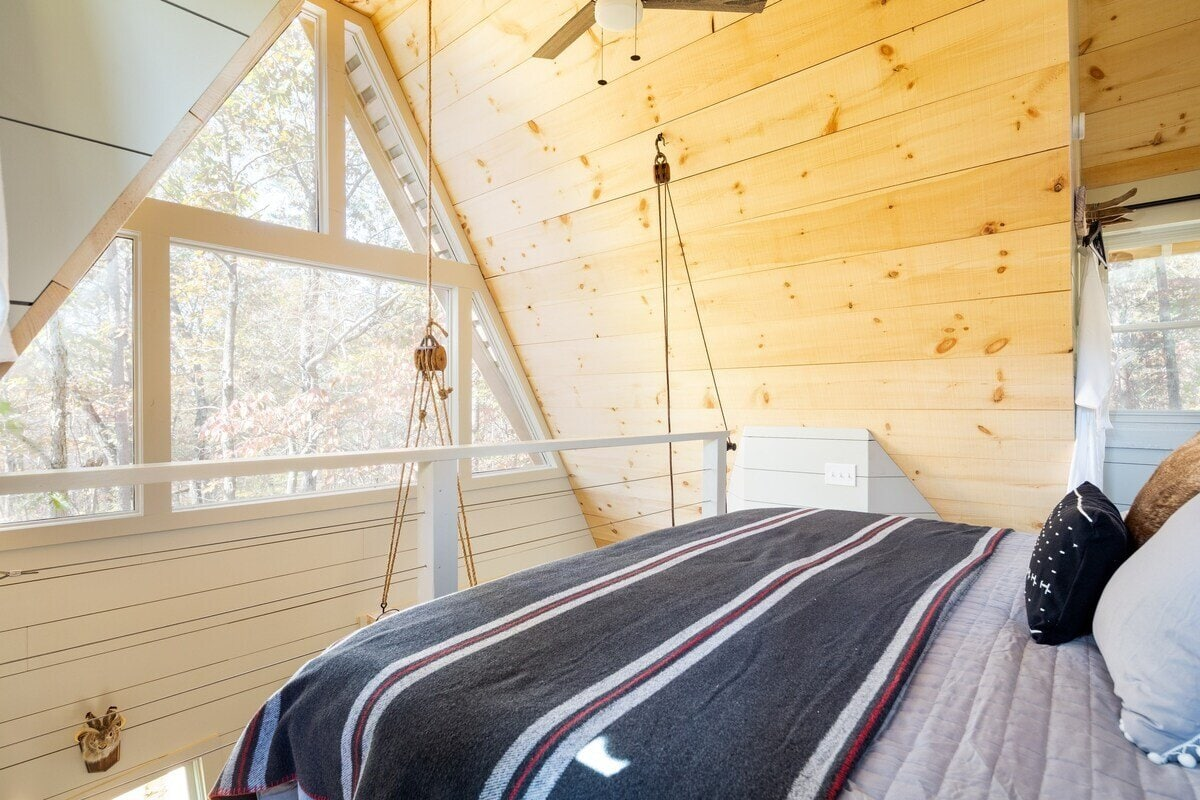 Bed+Bough Treehouse