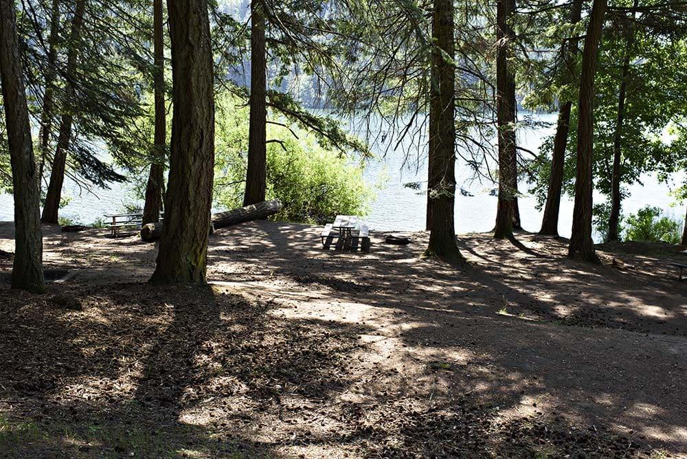 Cascade Lake Camping Washington