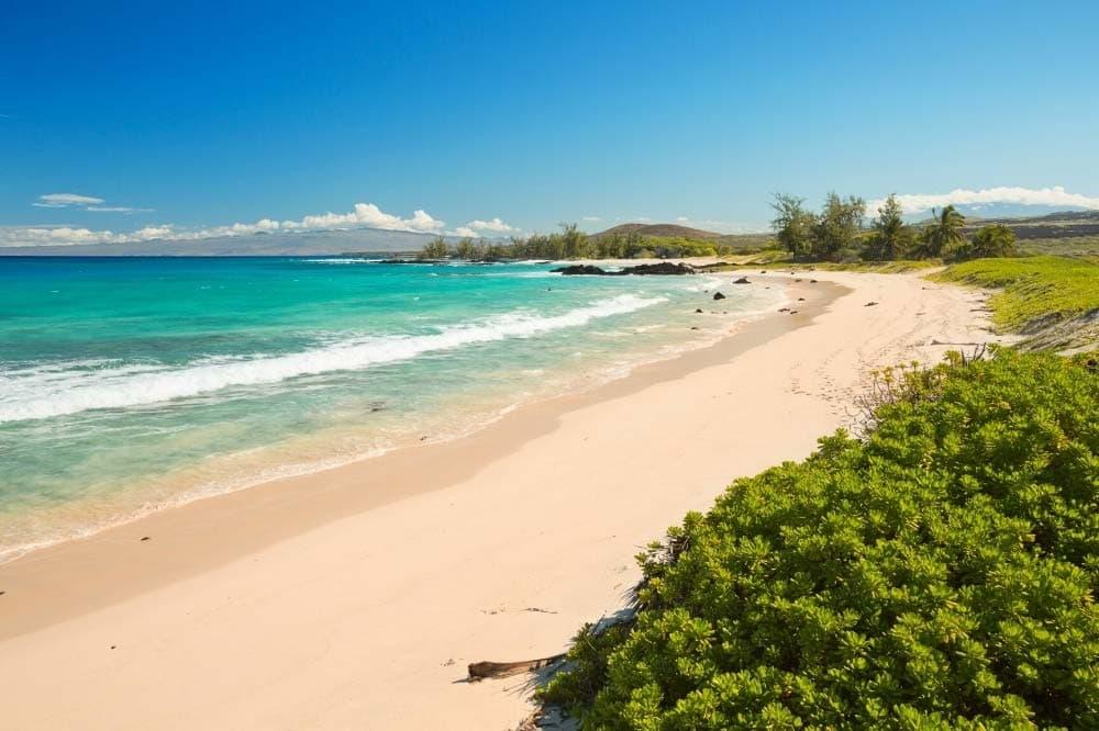 Makalawena Beach Hike Hawaii