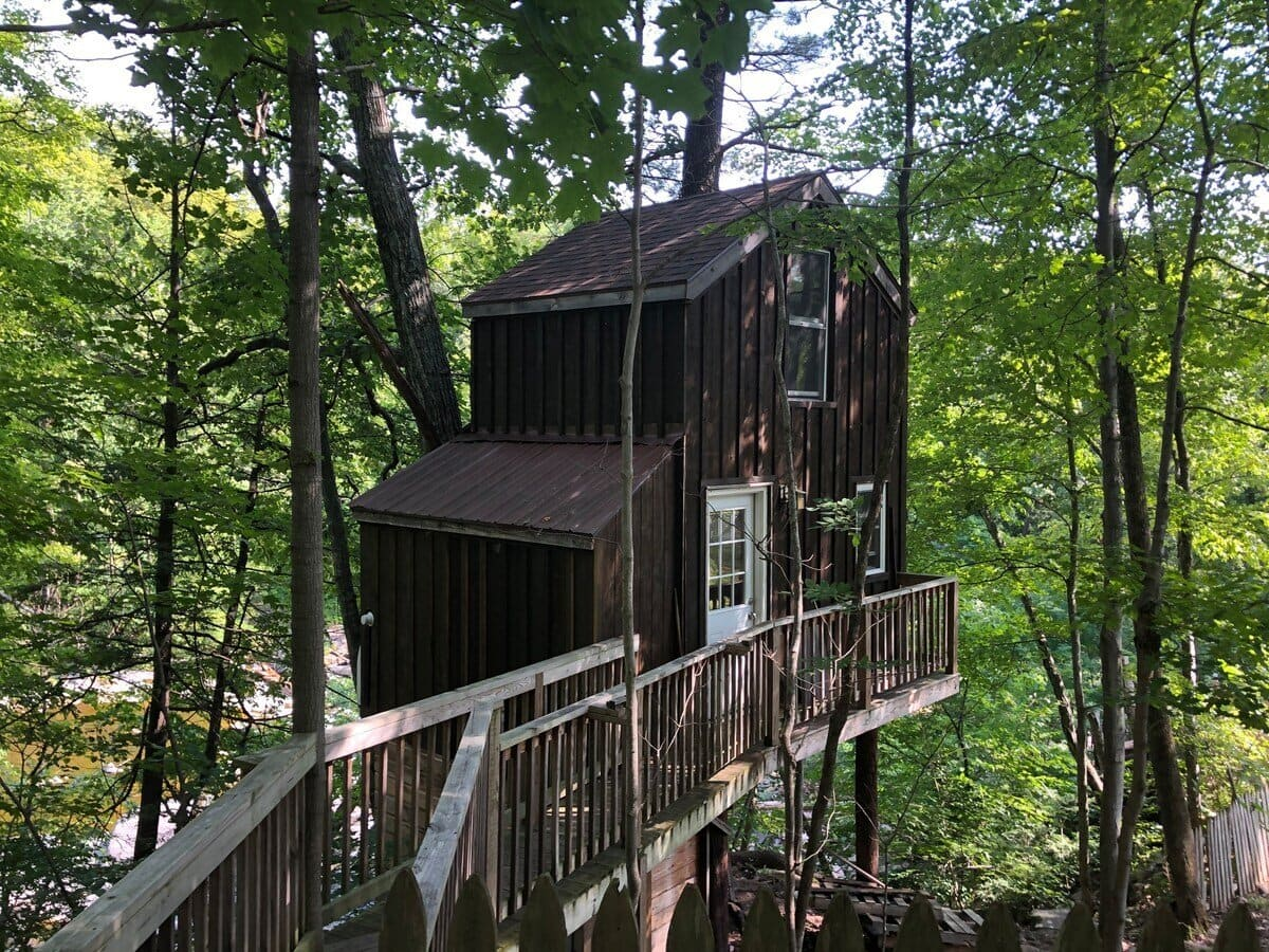 Treehouse in Catskill Mountains
