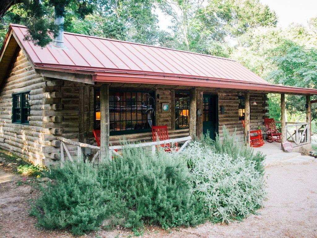 moondance romantic getaway cabin