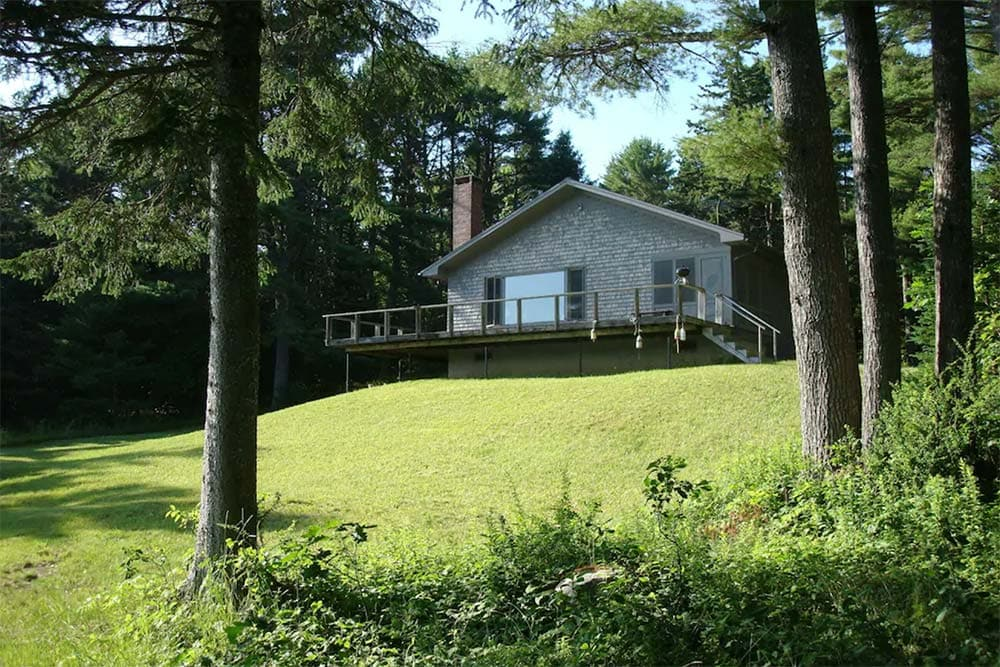 secluded cabin rental maine