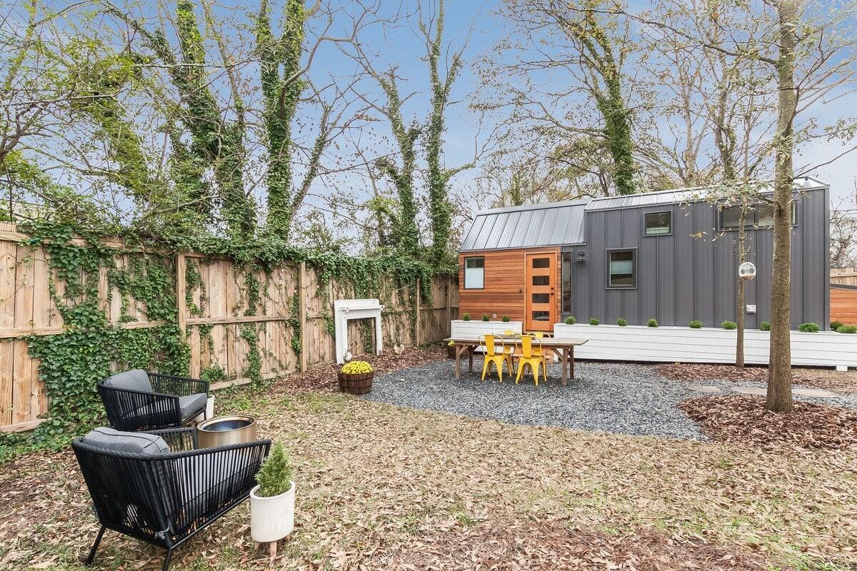 tiny house glamping atlanta