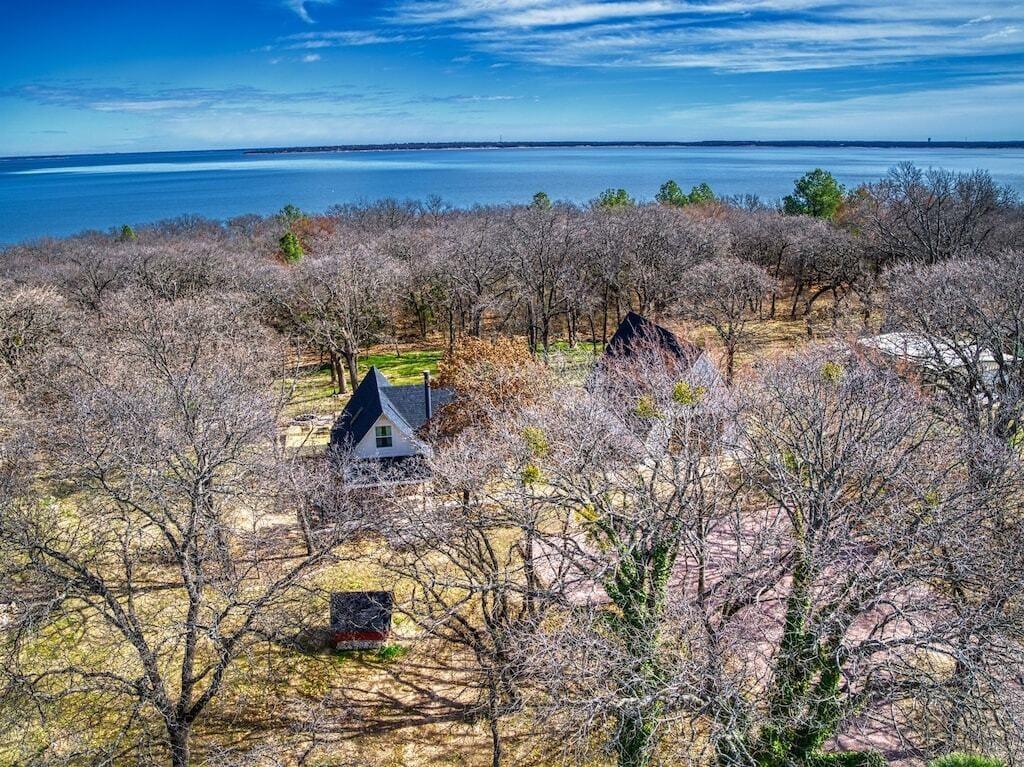 Lake Texoma a-frame cabin rental