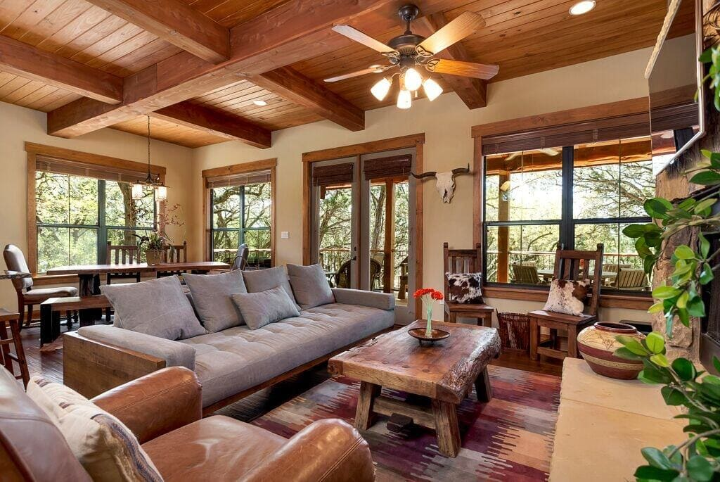 Luxury Cottage at The Hollows Resort
