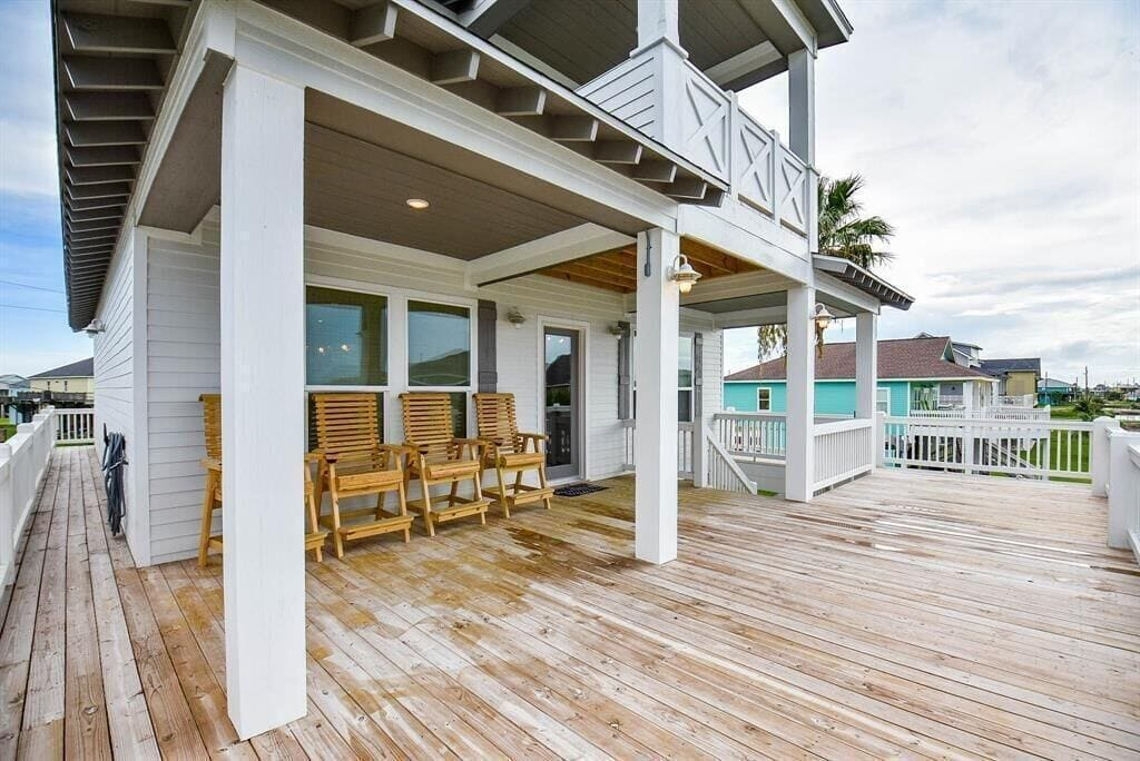 Saltwater Therapy Luxurious Beach House Rental