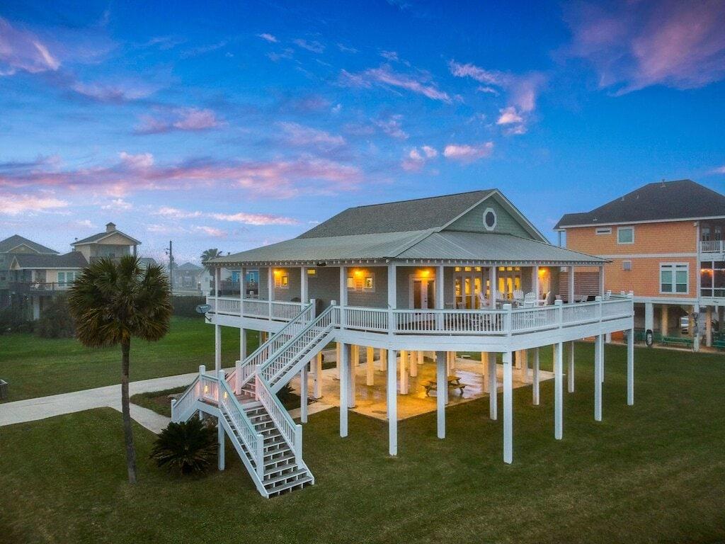 crystal beach vacation house