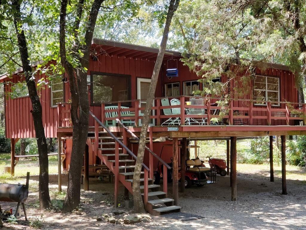 lake texoma treehouse cabin rental