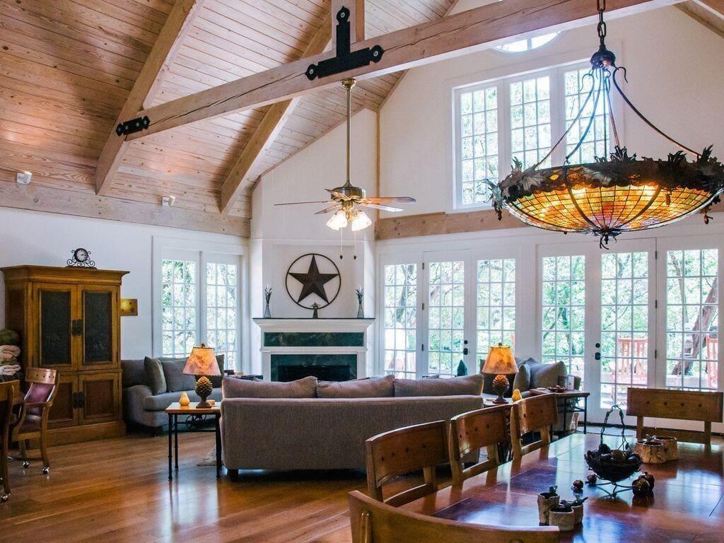 sundance lodge luxury cabin