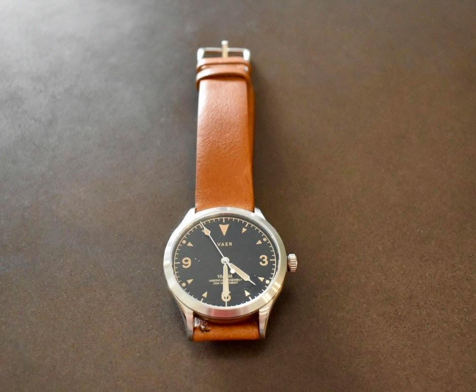 vaer c5 watch leather closeup