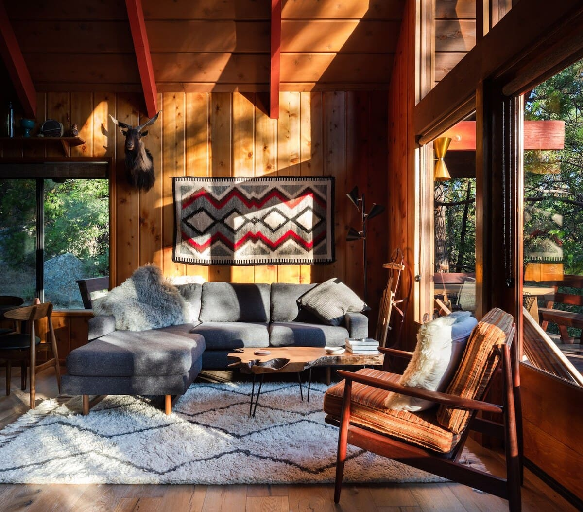 Idyllhaus - Mid-century A-frame chalet