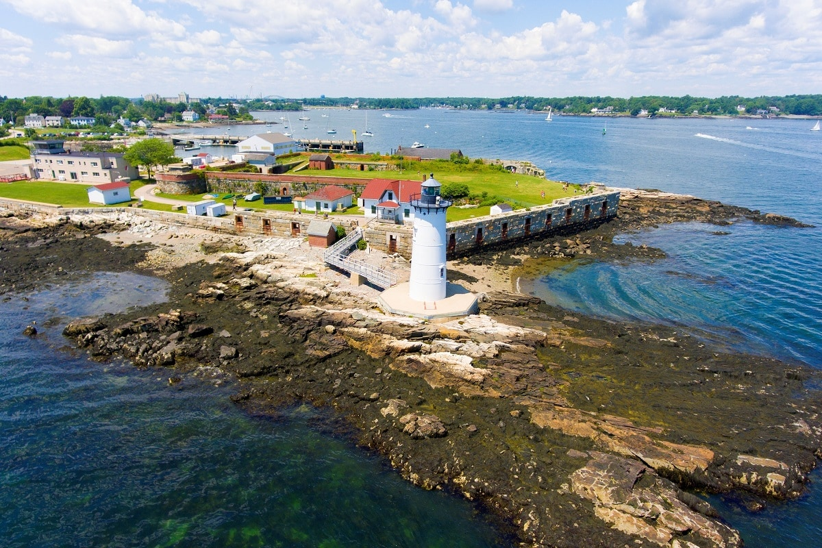 Portsmouth Harbor Lighthouse and Fort Constitution State Historic Site