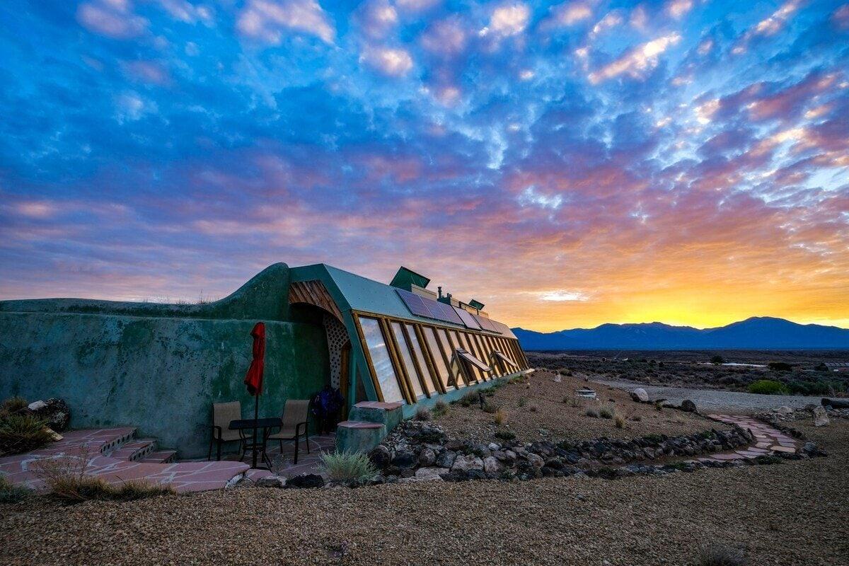 Spectacular Earthship home