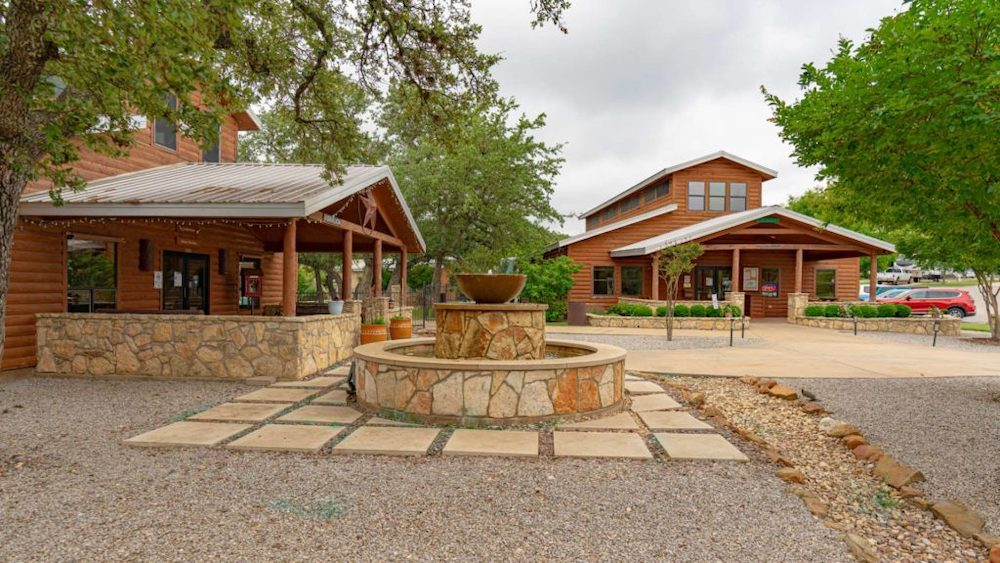 la hacienda rv resort Austin