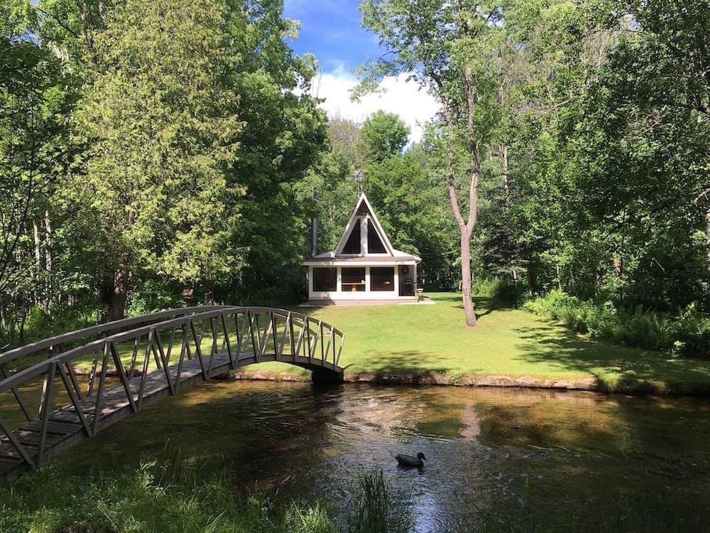 couples retreat Michigan cabin
