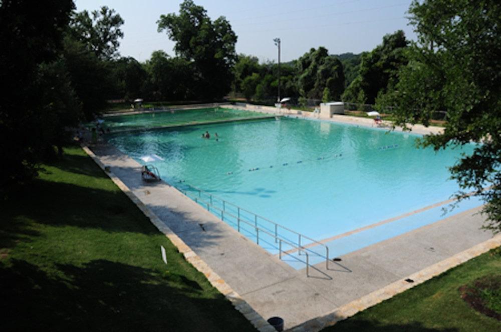 deep eddy pool Austin swimming