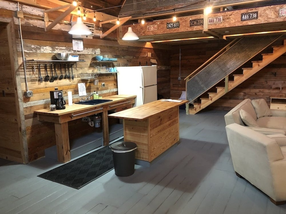 the big cabin Illinois glamping