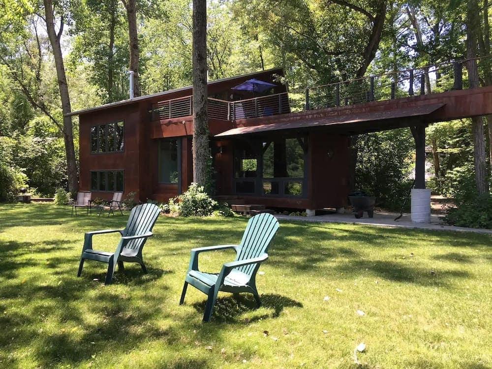 lakeside timberframe Michigan cabin