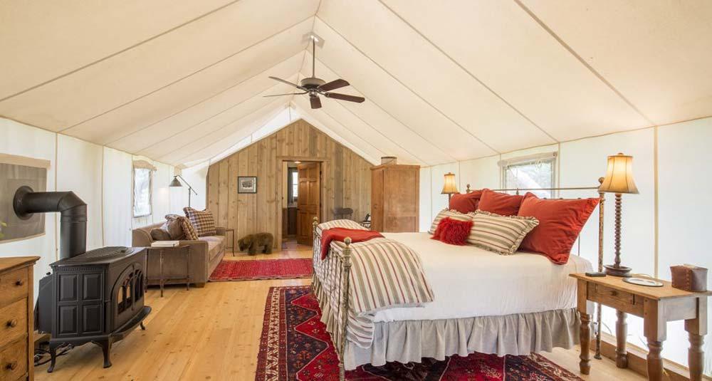 montana glamping cabin