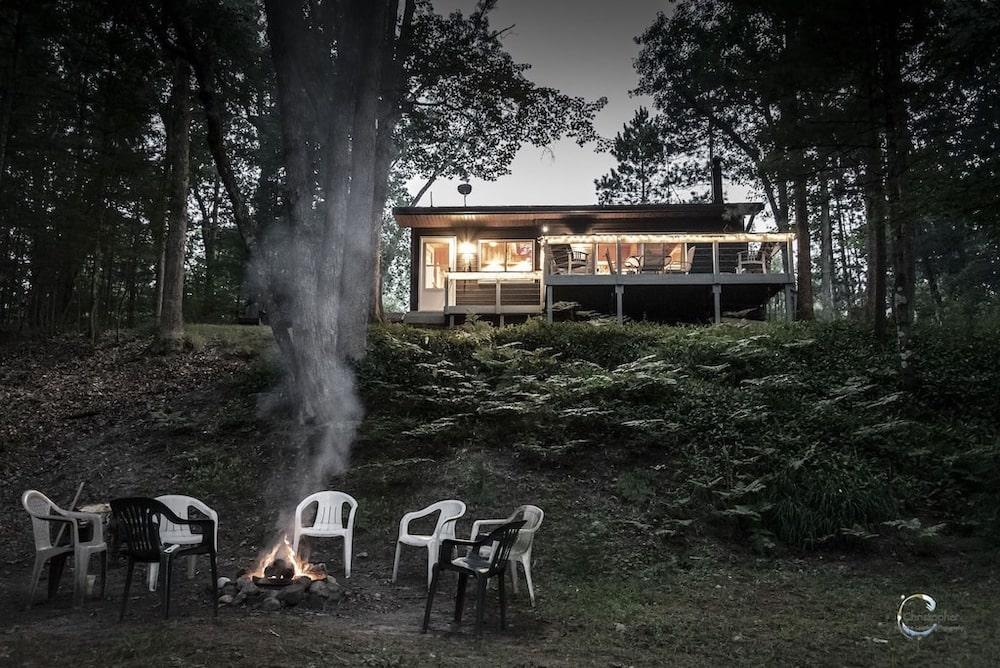 nature lovers paradise michigan cabin