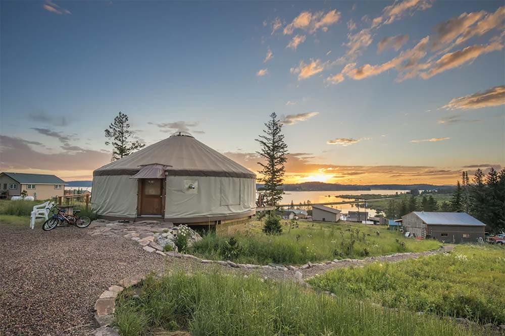 yurt glamping montana