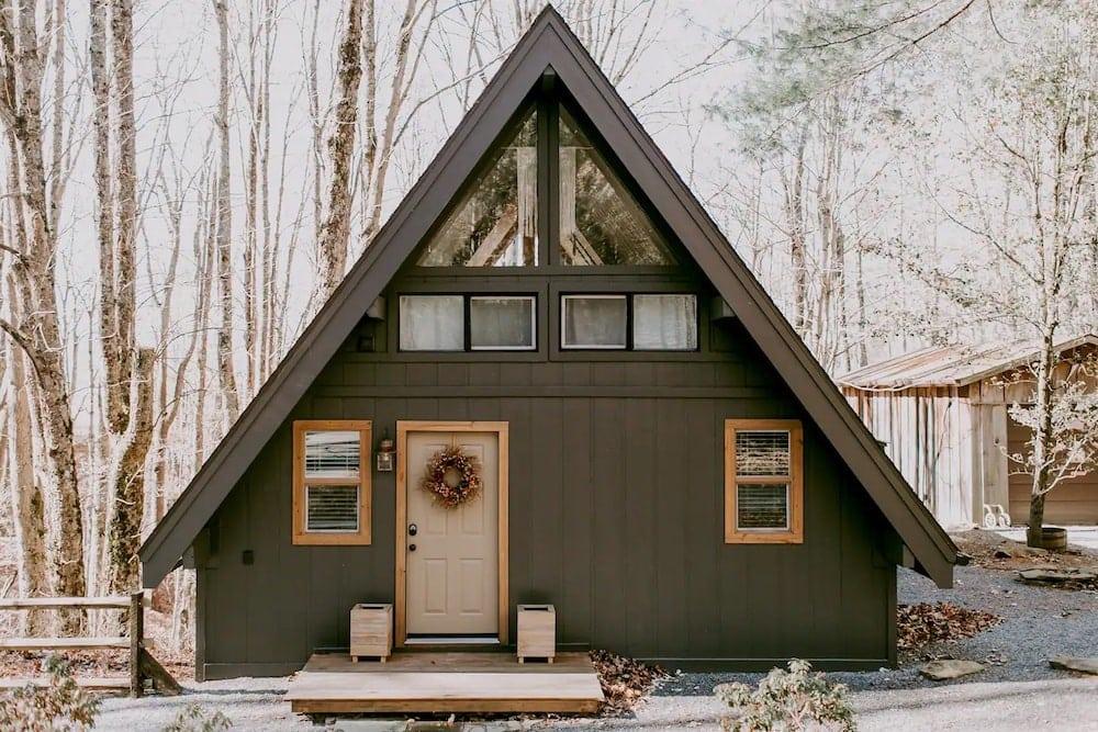 cozy owl cabin airbnb