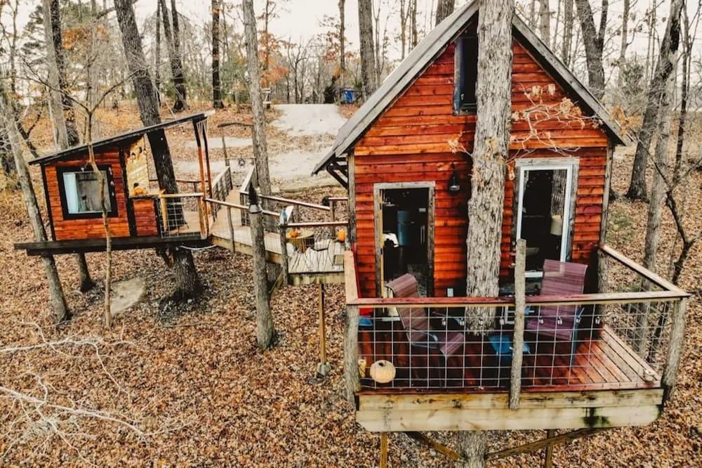 The Getaway Treehouse Missouri