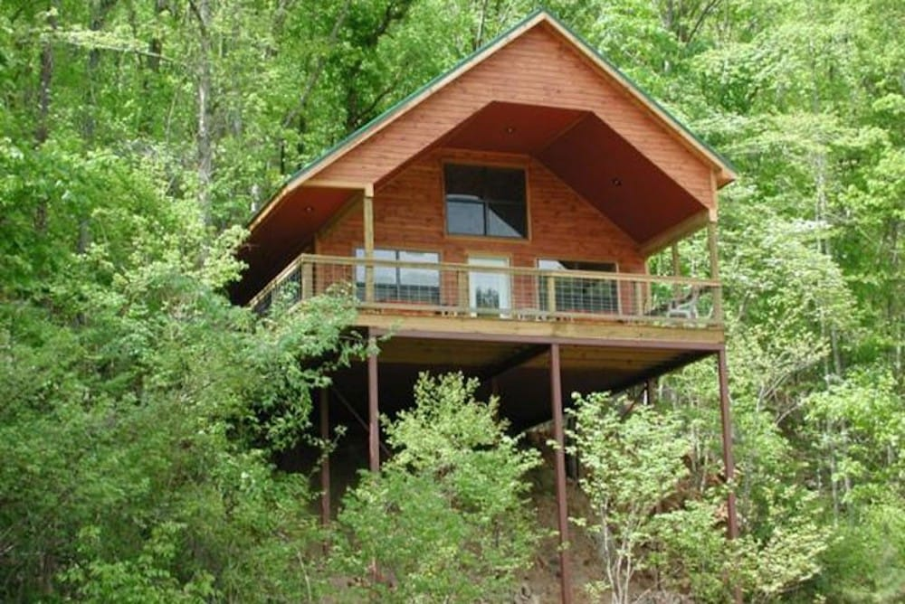 Missouri Treehouse Cabins