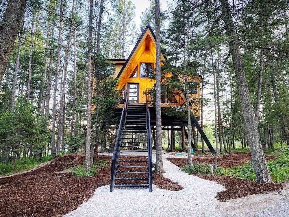 Raven's Nest Treehouse Montana