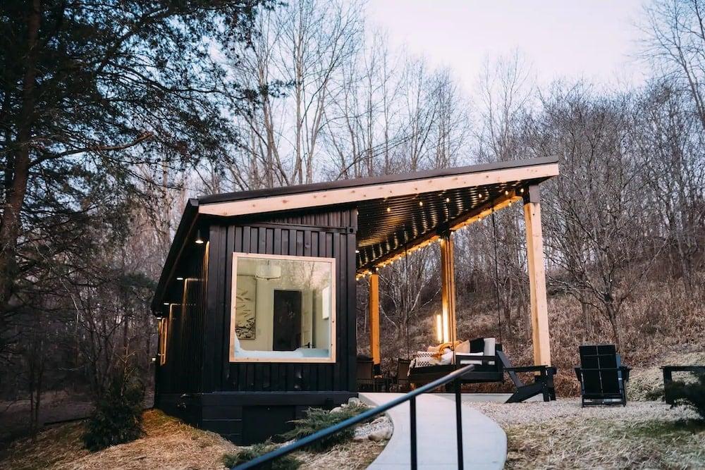 the lily pad Ohio cabin