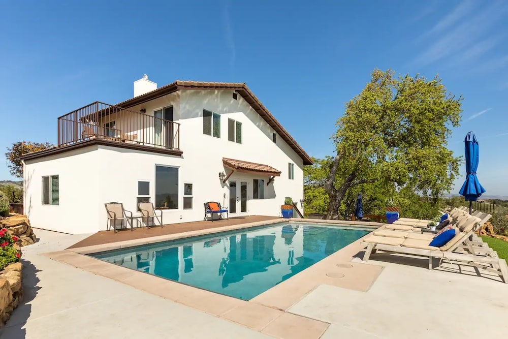 gorgeous hilltop oasis airbnbs with pool