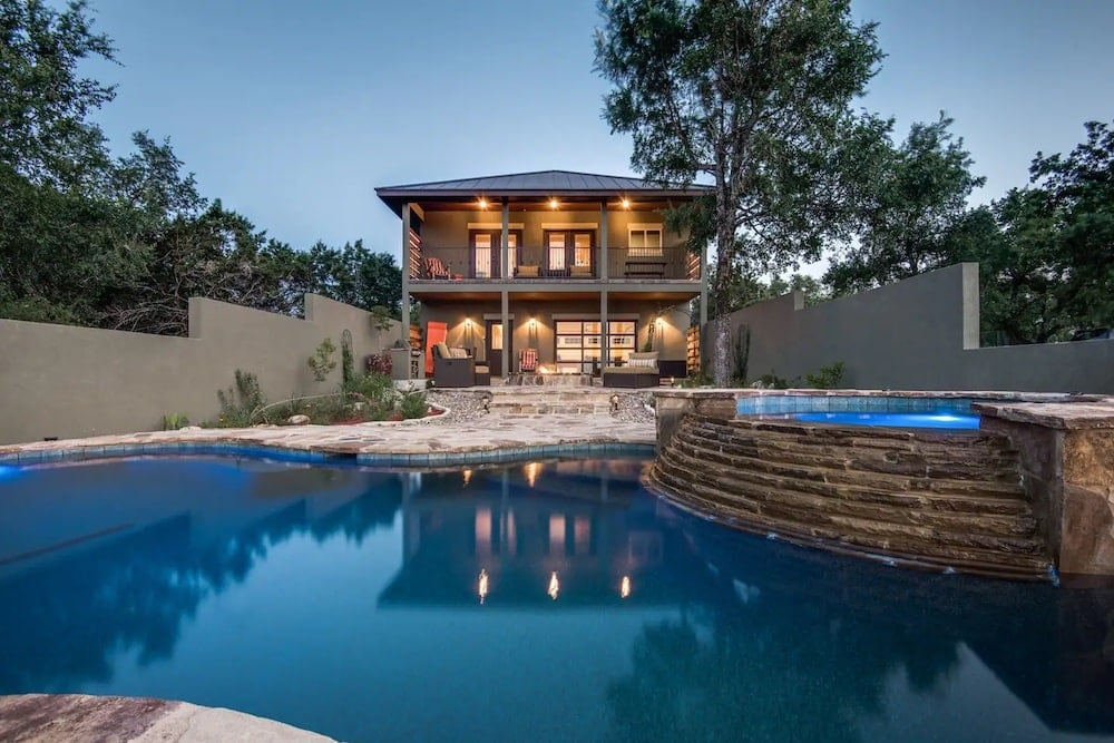 cliff haven airbnbs with pool