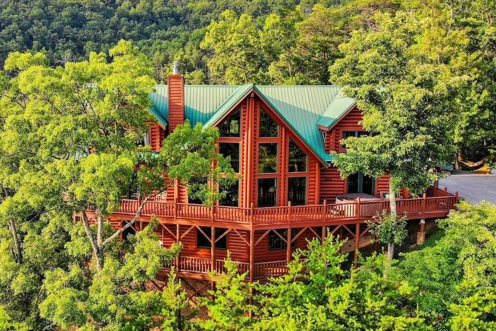 luxury cabin Tennessee