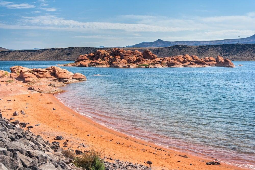 sand hollow reservoir Utah lake camping