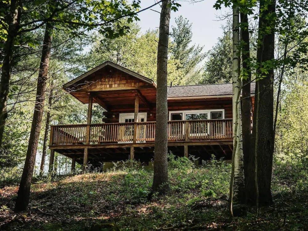 The Keene Honeymoon Cabin adirondacks