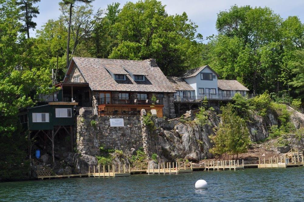 Blue Water Manor adirondacks
